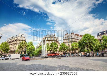 Square Victor Hugo, Paris