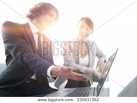 business team working at a Desk