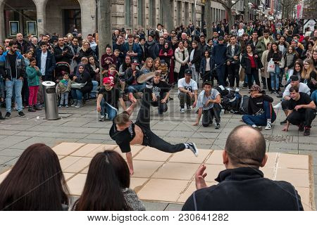 Stuttgart, Germany - March 04, 2017: Performance Of A Street Youth Dance Group On The Central Histor