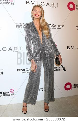 LOS ANGELES - MAR 4:  Romee Strijd at the 2018 Elton John AIDS Foundation Oscar Viewing Party at the West Hollywood Park on March 4, 2018 in West Hollywood, CA
