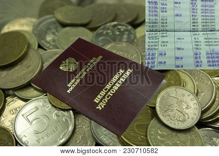Pension Certificate, Wallet And Money Desk. Pension Payments Russian Translation: Russian Pension Fu