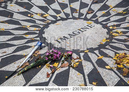 New York City, United States - November 11, 2016: Mosaic For John Lennon At Strawberry Fields In Cen
