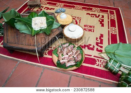 Ingradients To Make Chung Cake, The Most Important Food Of Vietnamese Lunar New Year Tet