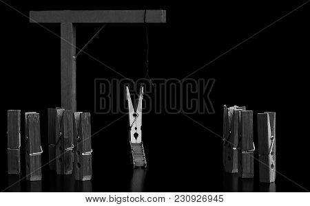 Black Clamps Penalize By Hanging Another White Pinch. The Feud Between White Blacks. Racism In A Sce