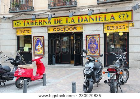 Madrid, Spain - October 24, 2012: Typical Spanish Restaurants In Madrid. There Are More Than 4,000 R