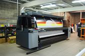 Digital printing system for printing a wide range of superwide-format applications. These printers are generally roll-to-roll and have a print bed that is 2m to 5m wide. Mostly used for printing billboards and generally have the capability of printing bet poster