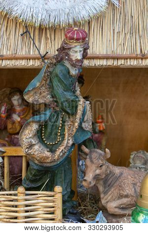 Christmas Statuette King, Nativity Scene Christmas Statuette Of One King
