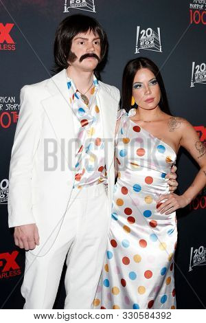 LOS ANGELES - OCT 26:  Evan Peters, Halsey at the