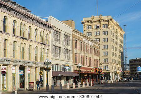 San Antonio, Tx, Usa - Dec. 11, 2018:  Historic Buildings On Alamo Plaza In San Antonio, Texas, Tx,