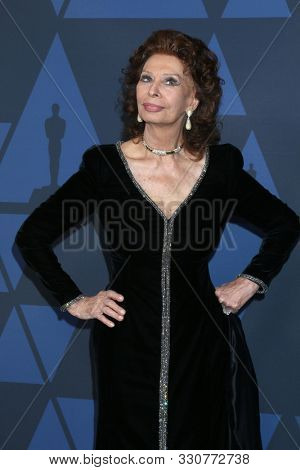 LOS ANGELES - OCT 27:  Sophia Loren at the 11th Annual Governors Awards at the Dolby Theater on October 27, 2019 in Los Angeles, CA