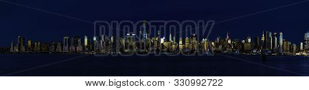 New York City Has The Most Amazing Night Sky Lines. To See The Light Of Nyc At Night Is An Awesome E
