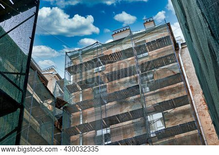 Multi Storey Residential Building In Scaffolding, Overhaul