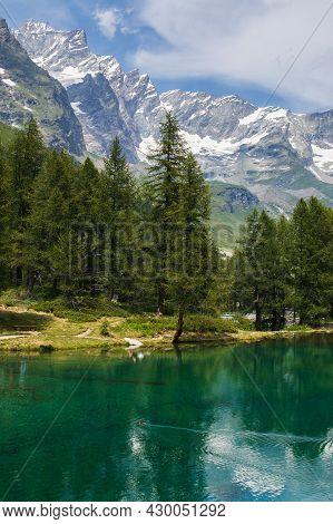 Magic View Of Lago Blue At The Feet Of Monte Cervino (matterhorn), Breuil-cervinia, Valle D'aosta, I