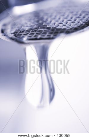 Dropping Faucet