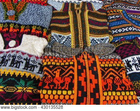 Handicraft Woolen Jackets, Sweaters And Vests Made From Alpaca With Traditional Design At Indian Mar