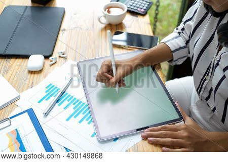 Businesswoman Using Digital Tablet, Holding Stylus Pen, Drawing On Tablet