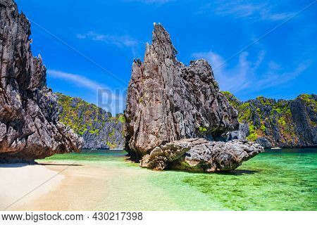 Landscape Of The Beautiful Mountain Cliff In The Sea, El Nido Province In Palawan Island In Philippi
