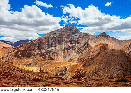 Scenic Mountain Landscape From Highway Between Manali In Himachal And Leh In Ladakh, Himalaya In Ind
