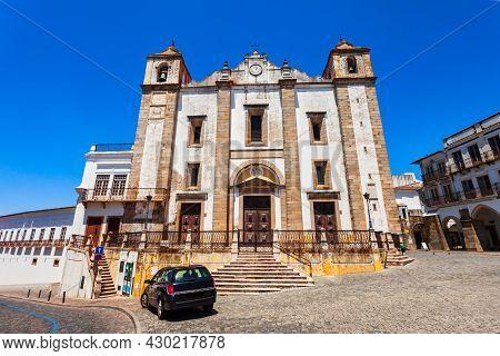 Church Of Santo Antao Or Igreja De Santo Antao Is A Catholic Church At Praca Do Giraldo Square In Ev
