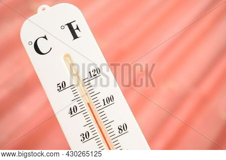 Close-up Of Indicator In Thermometer Showing Temperature 40 Degrees Celsius (it Mean Very Hot). Ther