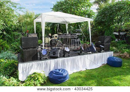 Scene For Musician Perform