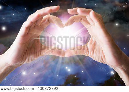Spiritual Psychic Heal Energy. Reiki Field Light