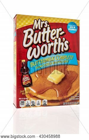 Winneconne, Wi -20 August 2021:  A Package Of Mrs Butterworths Buttermilk Pancake Mix On An Isolated