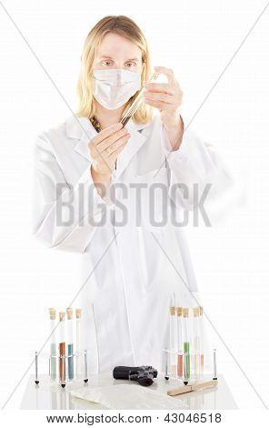 Persona que trabaja en el laboratorio farmacéutico