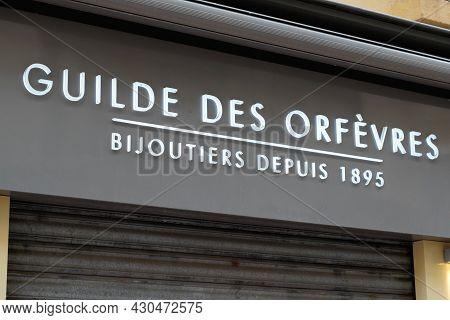 Bordeaux , Aquitaine France - 08 15 2021 : Guilde Des Orfevres Logo Brand Fashion Shop And Text Sign
