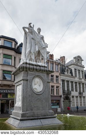 Gent, Flanders, Belgium - July 30, 2021: Male-female Combination White Statue On Pedestal To Honor J