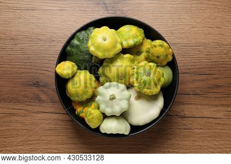 Fresh Ripe Pattypan Squashes In Bowl On Wooden Table, Top View