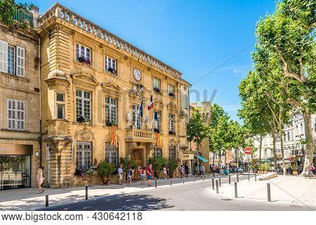 Salon De Provence, France - June 26,2021 - View At The Town Hall Of Salon-de-provence. Salon Is A Co