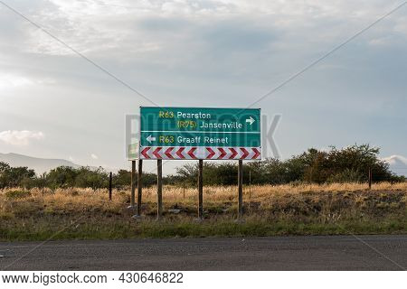 Directional Sign At The Junction Between Roads R63 And R75 Near Graaff Reinet In The Eastern Cape Pr