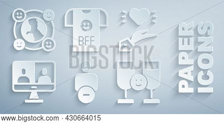 Set Loss Of Friend, Pleasant Relationship, Video Chat Conference, Friends Drinking Alcohol, Bff Or B