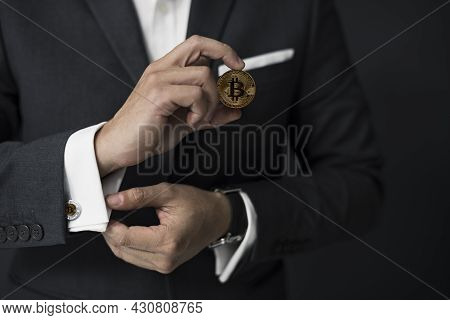 Crypto Currency Gold Bitcoin. Bitcoin Business Modern Currency Exchange.