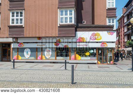 Cesky Tesin, Czech Republic - June 5, 2021: Teta Kosmetika. Teta Drugstore Is A Czech Chain Of Own A