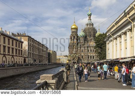 Saint Petersburg, Russia - August 17, 2021: Church Of The Savior On Spilled Blood. This Is An Archit