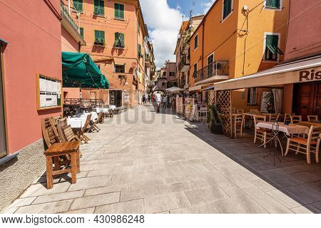 Monterosso Al Mare, Italy - July 8, 2021: Street In Monterosso Al Mare Village With Shops And Restau