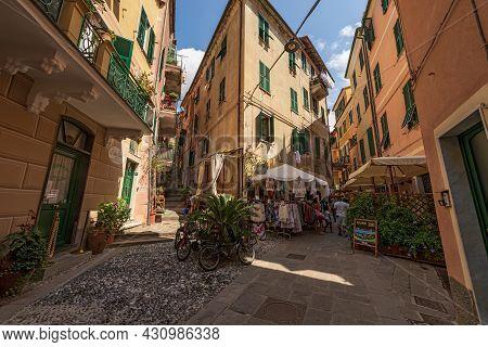 Monterosso Al Mare, Italy - July 8, 2021: Downtown Of Monterosso Al Mare Village With Tourists, Cinq