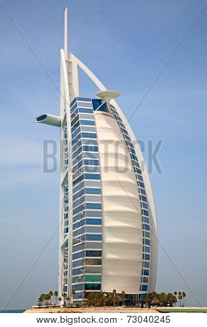 DUBAI, UAE - APRIL 27: The grand sail shaped Burj al Arab Hotel taken April 27, 2014 in Dubai. The hotel is classed as one of the most luxurious in the world and is located on a man made island.