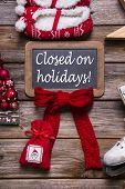 Opening hours on christmas holidays: closed; information for customers and guests. poster