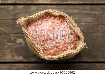 Himalayan salt in jute bag