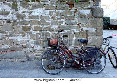 Leaning Bike
