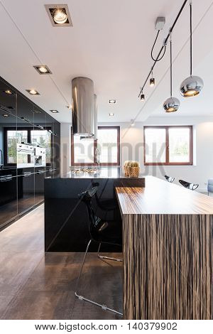 Full Of Light And Its Reflections On Kitchen Surfaces