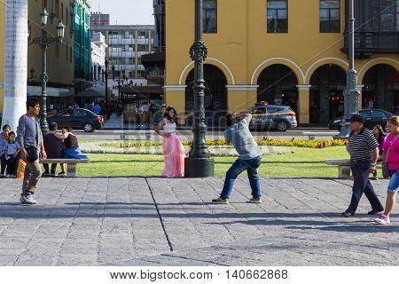 Quinceanera In The Plaza Mayor De Armas