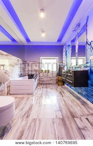 Fancy Marble Bathroom Idea