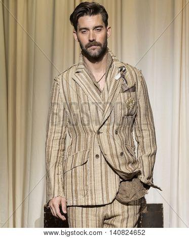 Joseph Abboud - Men Spring Summer 2017 Collection