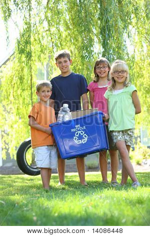 Kids holding recycle bin