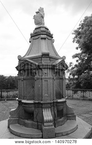 A view of a memorial fountain in a Dunfermline public park