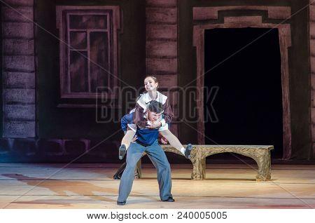Modern  Ballet This Tango In June